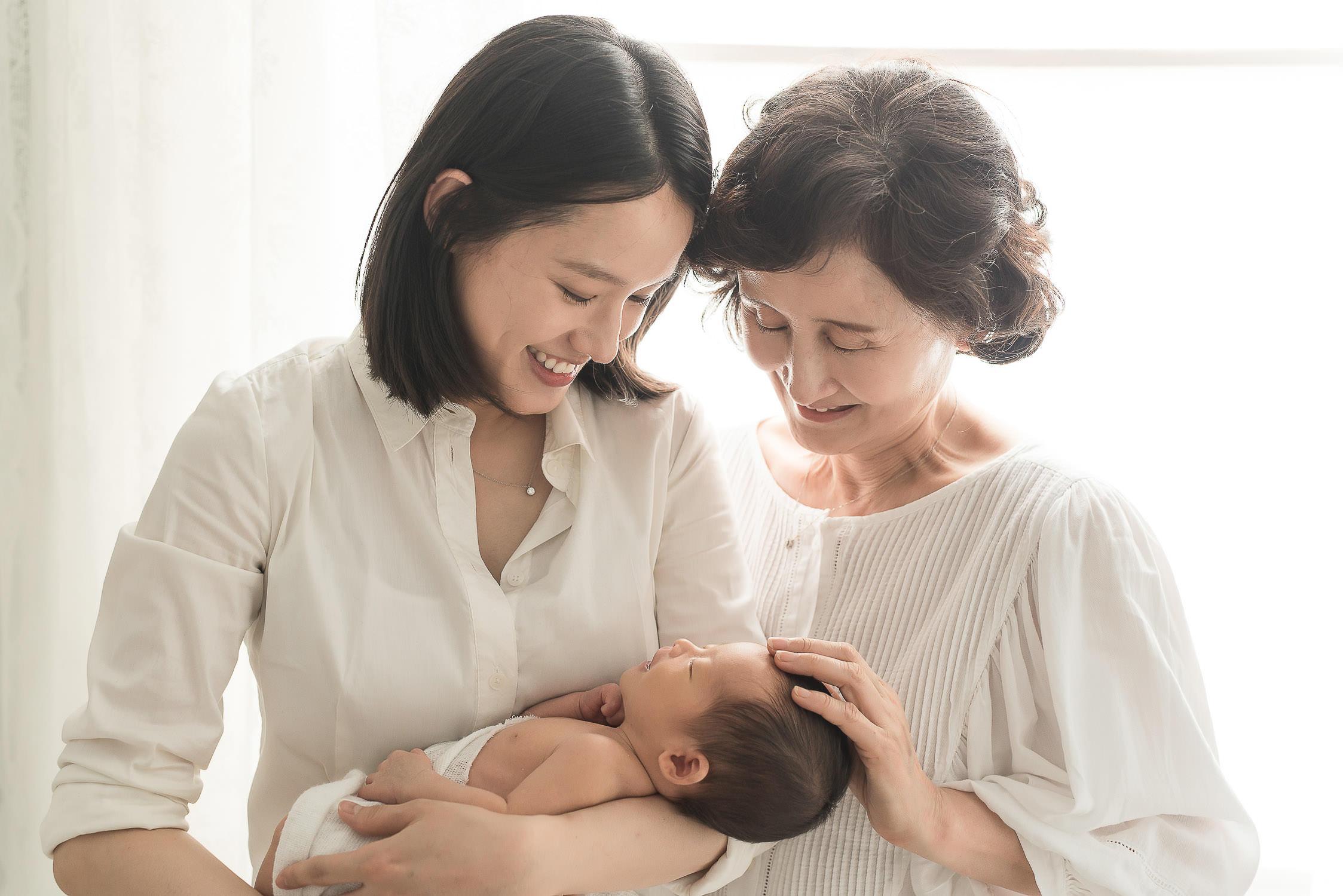 newborn-slideshow-web-25